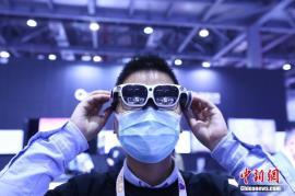 "5G解决""虚实不通""问题 中国VR产业未来风云何起?"